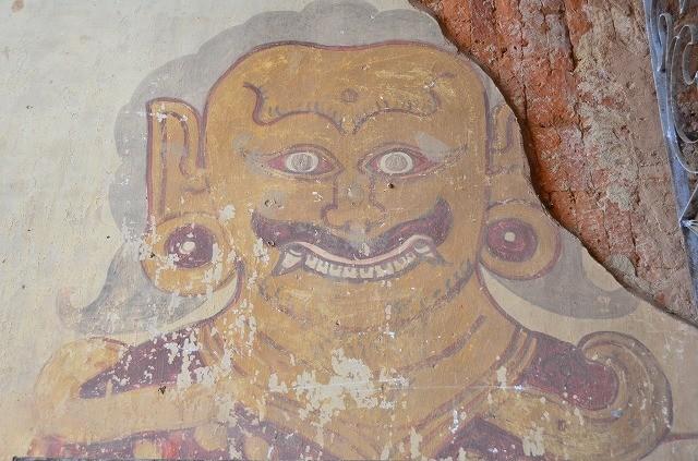 スラマニ寺院のフレスコ画