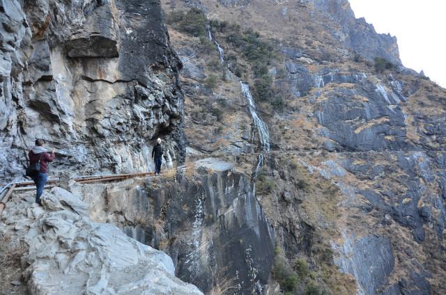 虎跳峡20